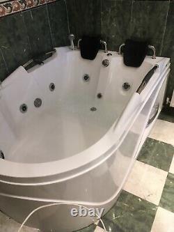 2 Seater Whirlpool Corner Bath 8 Jets 1200x1800