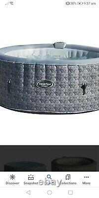 Clever spa hot tub