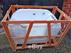 Dog Grooming Spa Bath Canine Ozone Jacuzzi XL with Windowed Door in White. NEW
