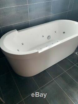 Duravit Sharck jacuzzi bath