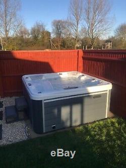 Ex Display Luxury Hot Tub Spa 5 Seats American Jacuzzi Music Balboa Rrp £3999