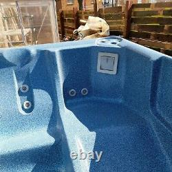 Garden Spa bath jacuzzi hot tub
