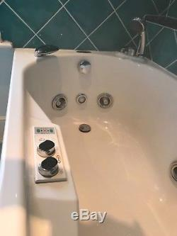 Genuine JACUZZI Whirlpool bath EXCELLENT CONDITION complete with all manuals
