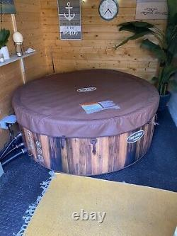 Helsinki Lay-Z-Spa Hot Tub Jacuzzi Inflatable Used