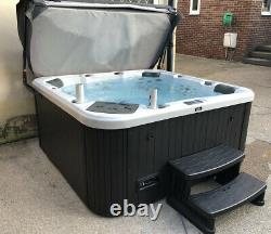 Hot tub spa we can deliver