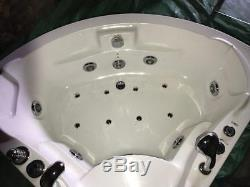 Jacuzzi Bath Spa Whirlpool