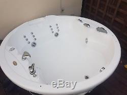 Jacuzzi Gemini JP12 Spa Bath