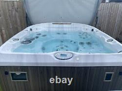 Jacuzzi Hot Tub J480 Spa