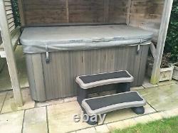 Jacuzzi J235 Hot Tub/Spa