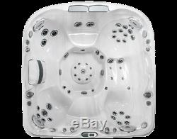 Jacuzzi J480 Luxury Spa 6-7 Person Lounger Hot Tub