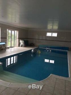 Luxury Jacuzzi Hot Tub Spa